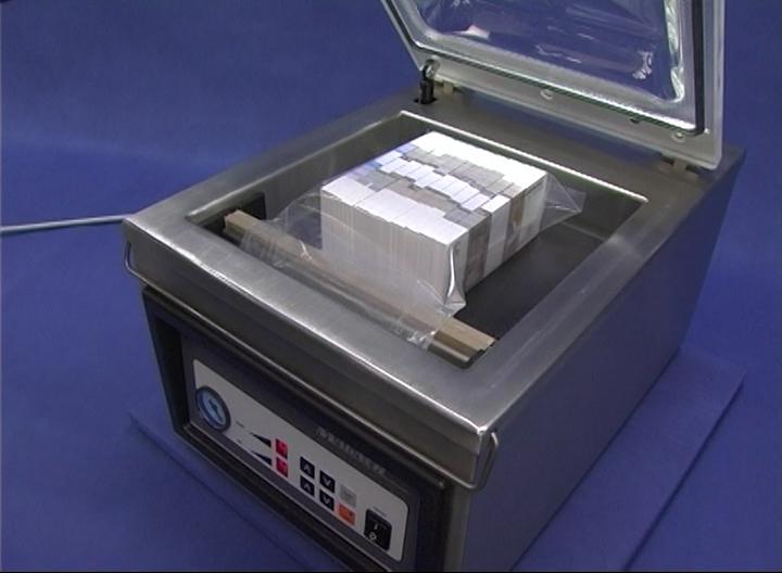 Вакуумный упаковщик банкнот Magner